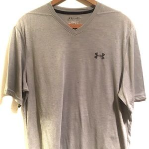 Under Armour Grey Heat Gear T Shirt Size Large